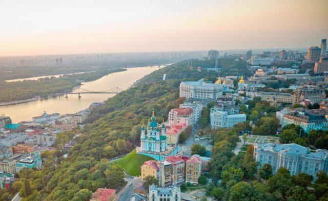Где купить авиабилеты в Киеве