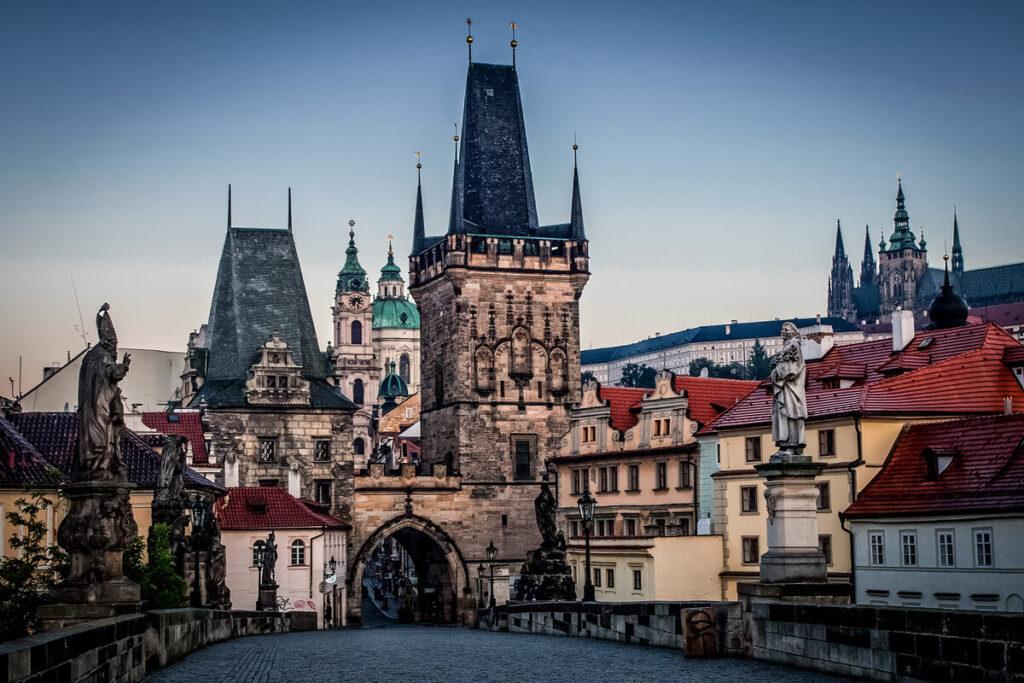 Дешевые авиабилеты в Чехию